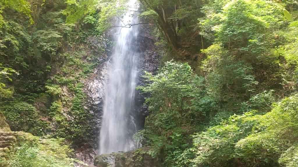 払沢の滝3